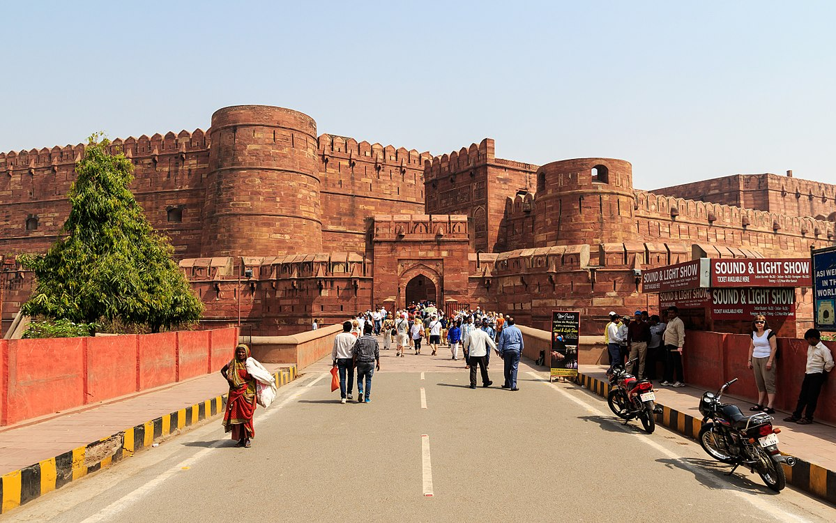 Top Tourist attraction in Agra