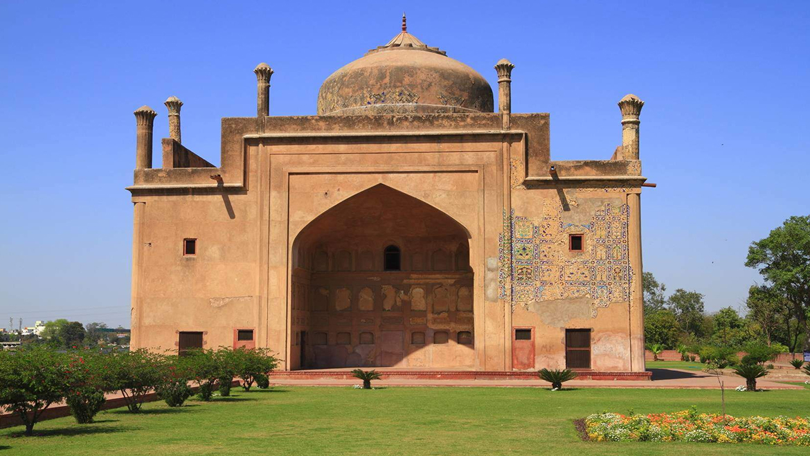 Places on Visit to Agra