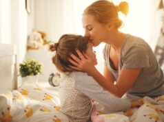5-Amazing-Habits-To-Opt-For-Your-Mother-To-Make-Her-Happy