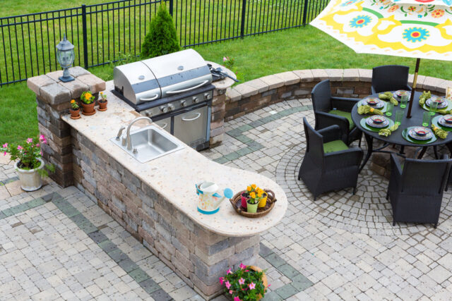 The Definite Guide About Outdoor Kitchen